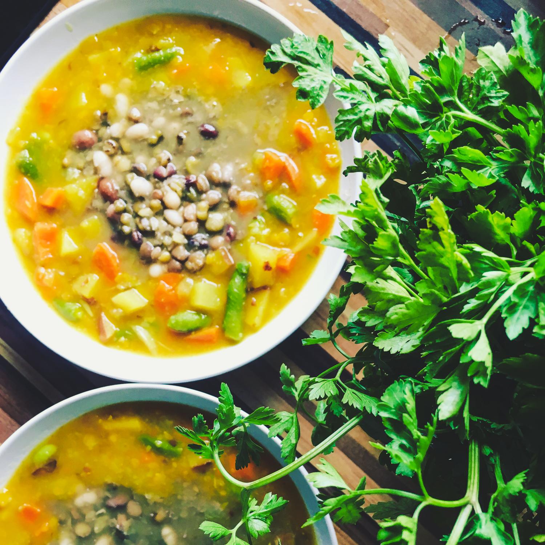 Hustá zeleninová polievka s hŕstkou