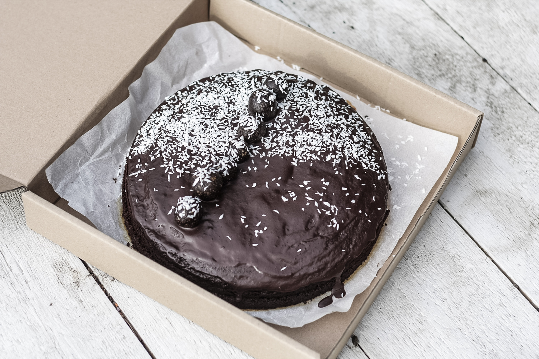 Vegan sacher torta bez cukru