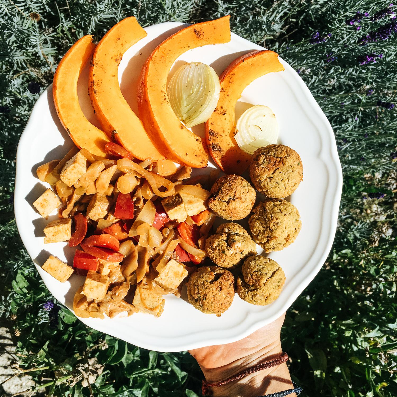 Chrumkavý, pečený falafel bez fritovania, len z 5 prísad okrem korenia