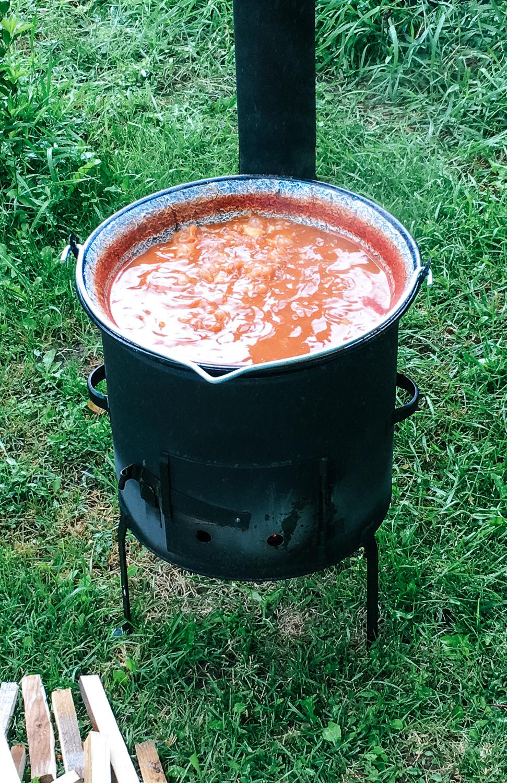 Kotlíkový fazuľový guláš