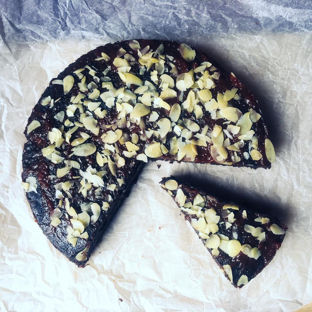Maková torta s džemom (bez oleja, takmer bez múky, bez sóje)