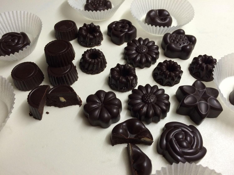 Raw čokoládové bonbóny