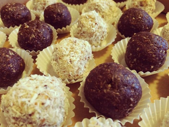Kokosové a čokoládové guľky
