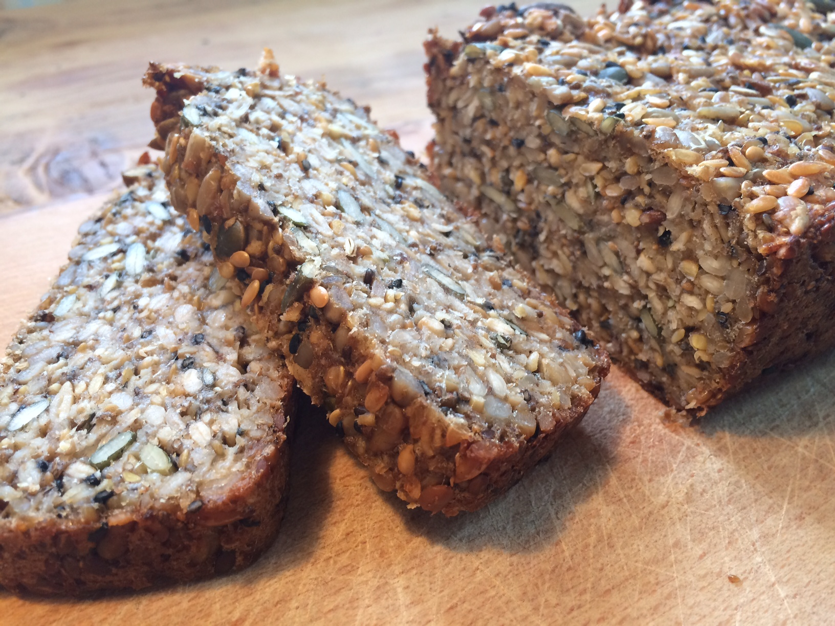 Plnozrnný chlieb