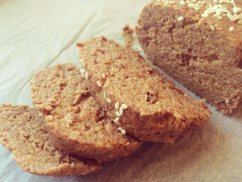 syrovo-cibulovy-chlieb